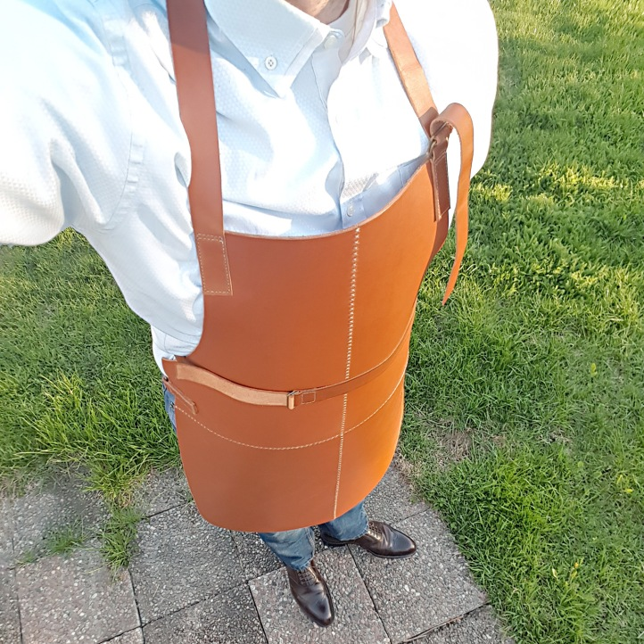 01 FINISHED APRON 2.jpg
