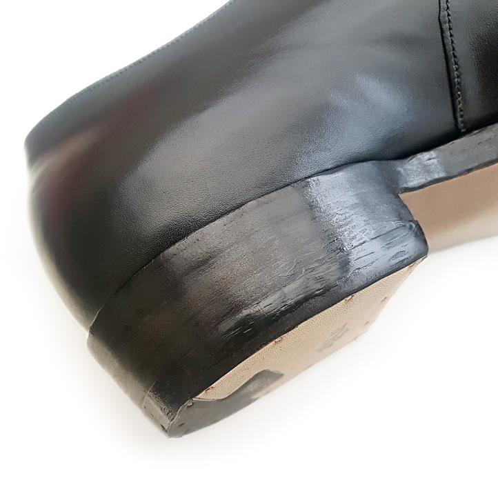 05 heels.jpg