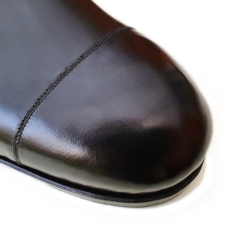 02 Toe Closeup.jpg