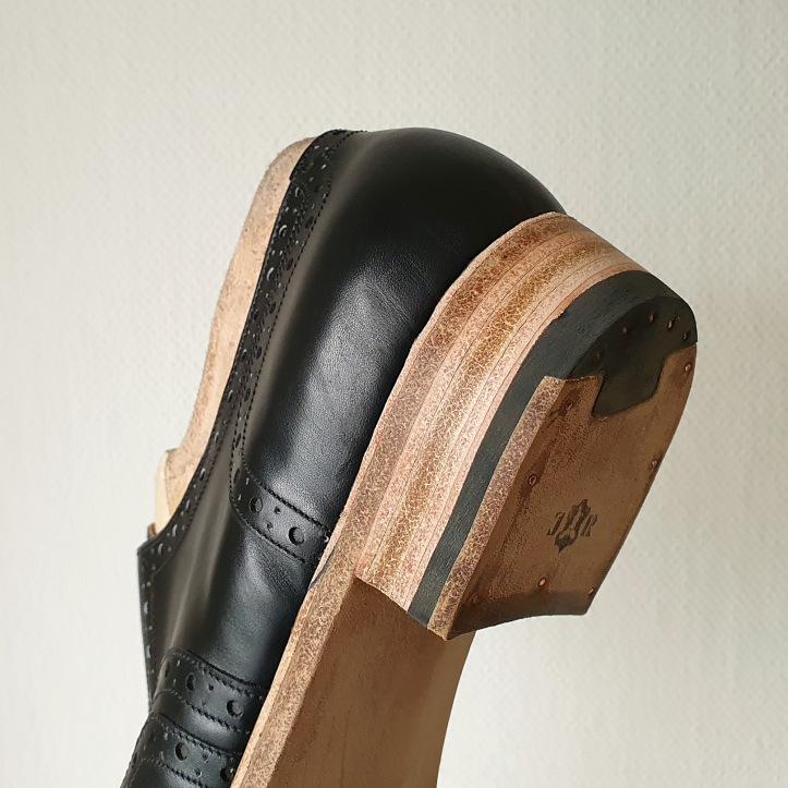 13 heel sanding
